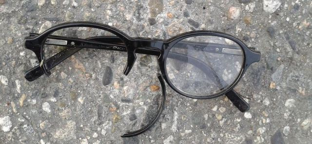 broken-glasses